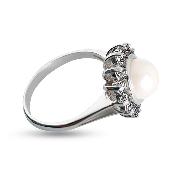 750 white gold ring with pearl and zircons